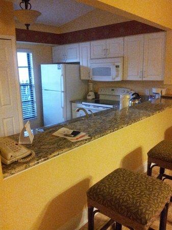 Holiday Inn Club Vacations At Orange Lake Resort: Kitchen