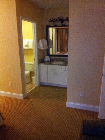 Holiday Inn Club Vacations At Orange Lake Resort: Master ensuite