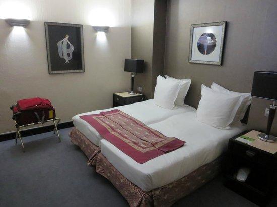 Hotel Les Jardins du Marais: second bedroom in family suite