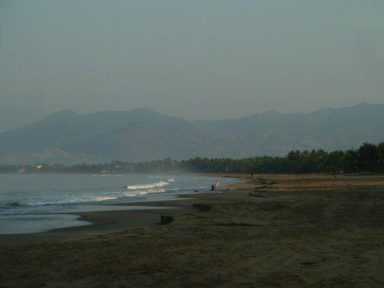 Bungalows Solecito: beach at solecito