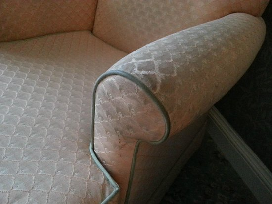 The Swan at Streatley: Filthy upholstery.