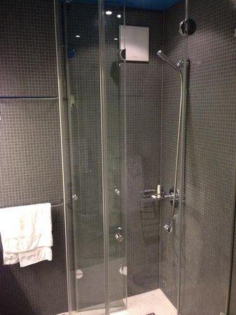 Hotel Dom: bagno