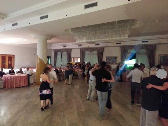 Villaggio Olimpia: Sala da pranzo principale
