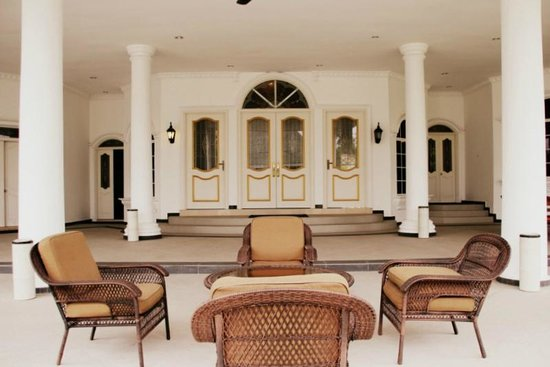 The Kahaani Malacca Hotel: Clean and serene pool terrace