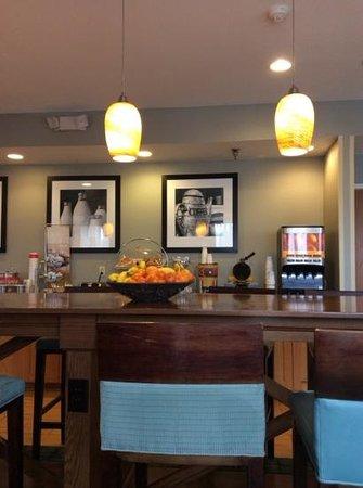 Quality Inn: Hall de desayuno