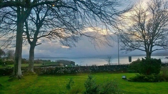 Broadford Hotel: View from our breakfast table each morning