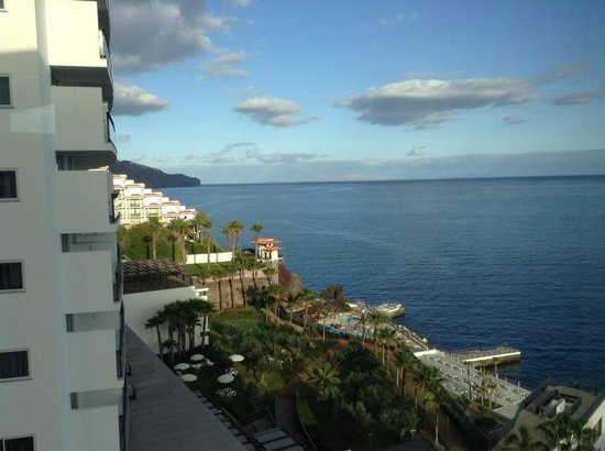 VidaMar Resort Hotel Madeira: room with a view