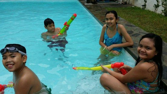 The Purple Tree Bed & Breakfast : My guests' loved the pool and the water guns that the b&b let them play with. :)