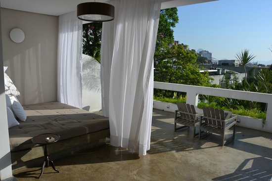 Casa Mosquito : Front porch with great views of the city