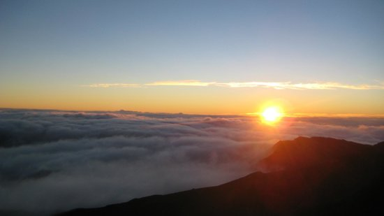 Mountain Riders: An amazing sunrise at the top!