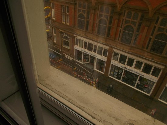 Ibis Styles Blackpool : view from room 323