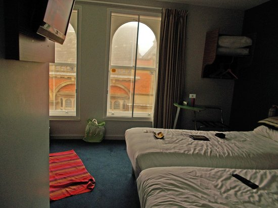 Ibis Styles Blackpool : view from the entrance door