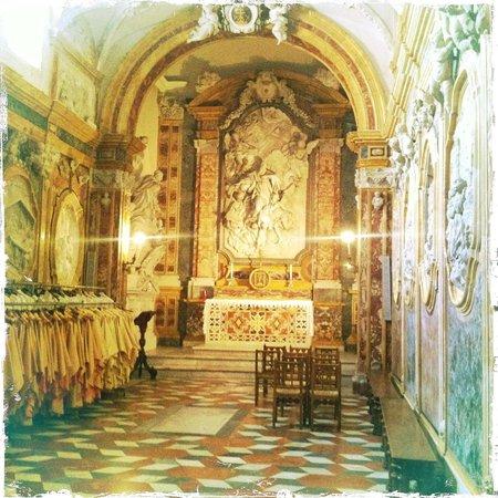 Duomo di Monreale : inside the cathedral