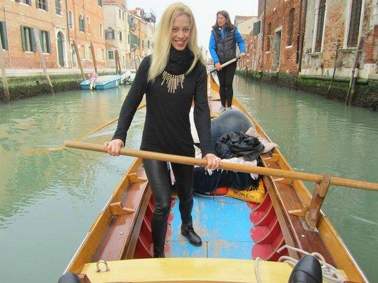 Row Venice: Right, left, right, left...