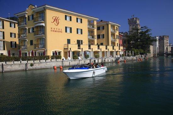 Hotel Sirmione a beautiful morning i March - tunliweb.no