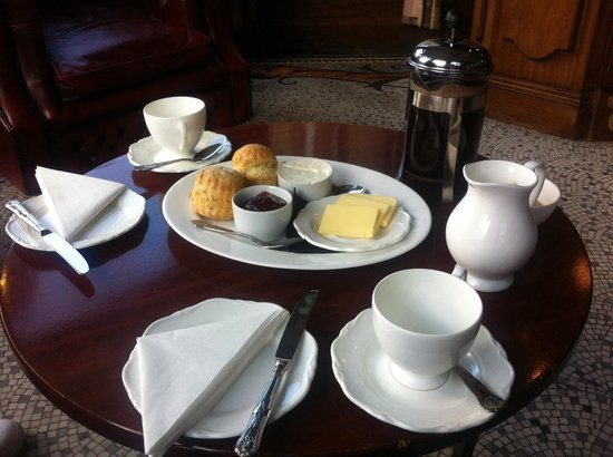 Merewood Country House Hotel : Scones and coffee on arrival