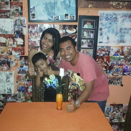 Yogi's Paradise and Grill : Yogi,Nikki and Jaya.