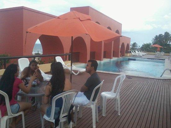 Sol Bahia Sleep: Área da piscina