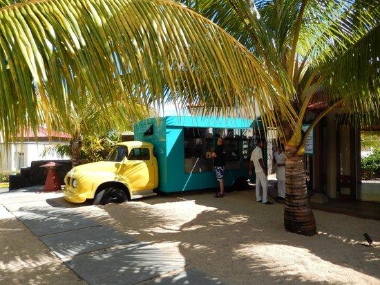 camion burger picture of tamassa resort bel ombre tripadvisor. Black Bedroom Furniture Sets. Home Design Ideas