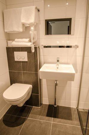 Hotel Cornelisz: Bathroom