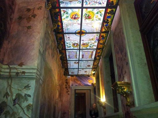 Hotel U Pava: corridoio