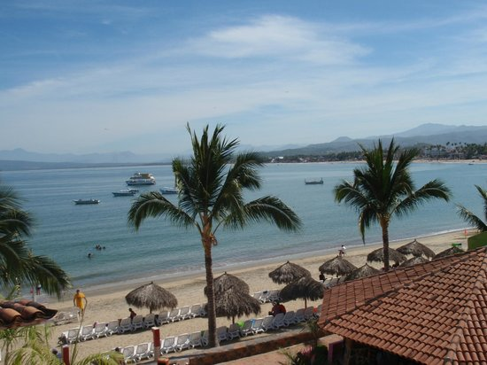 Decameron Los Cocos: Beach view