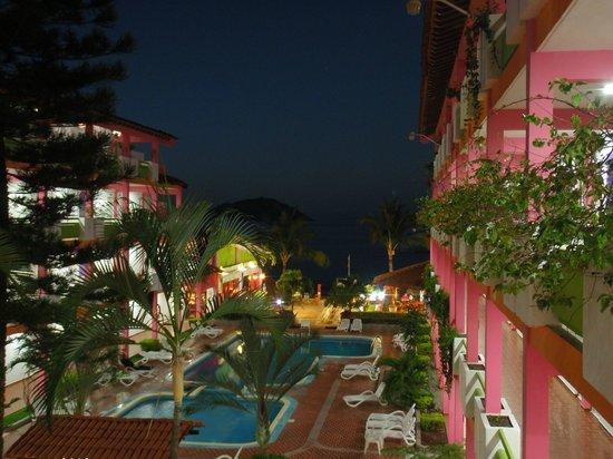 Decameron Los Cocos: Los Cocos #1 at night