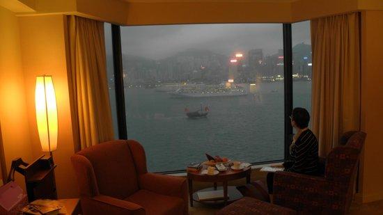 Kowloon Shangri-La Hong Kong: un moment de tranquilité , le soir
