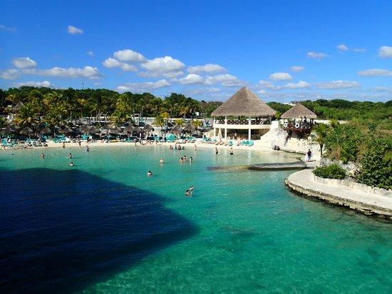 Occidental Grand Xcaret All Inclusive Resort: Lagoon