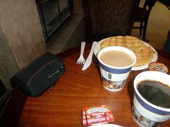 Best Western Airpark Hotel : Desayuno