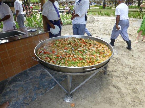 Iberostar Costa Dorada: Sunday beach BBQ party with Lobster Paella