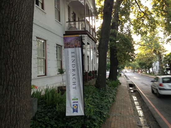 Eendracht Hotel: Entrance