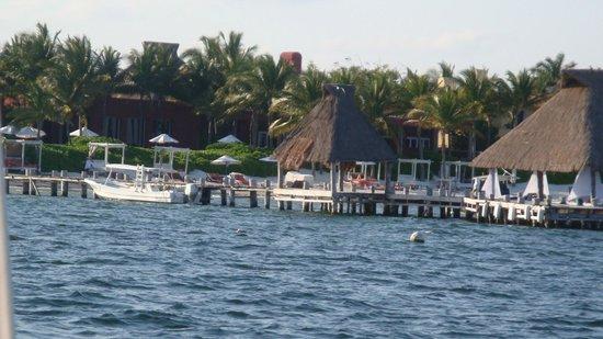 Zoetry Paraiso de la Bonita: Hotel Jetty on beach