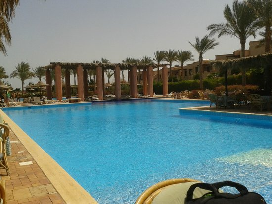 Tamra Beach: One of the 5 pools at the resort