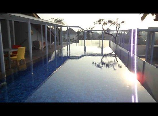 Best Western Kuta Beach: Roof Top Pool