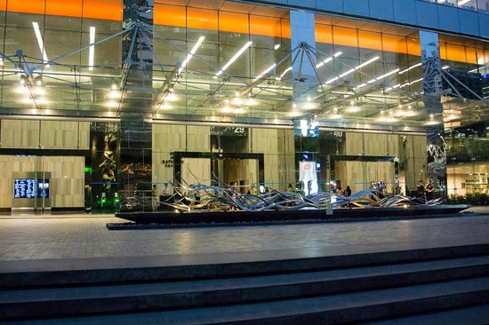 Ascott Sathorn Bangkok: Бизнес-центр недалеко от отеля