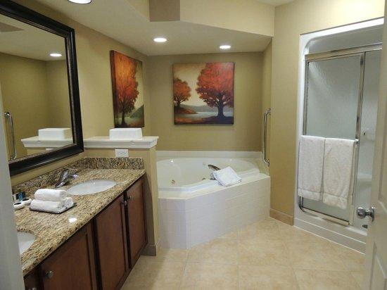 Greensprings Vacation Resort: Master Bath