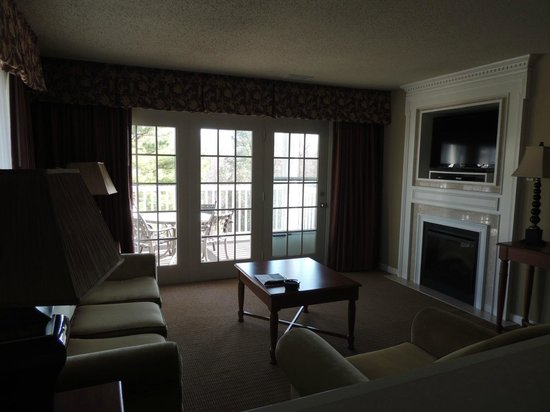 Greensprings Vacation Resort: Living room