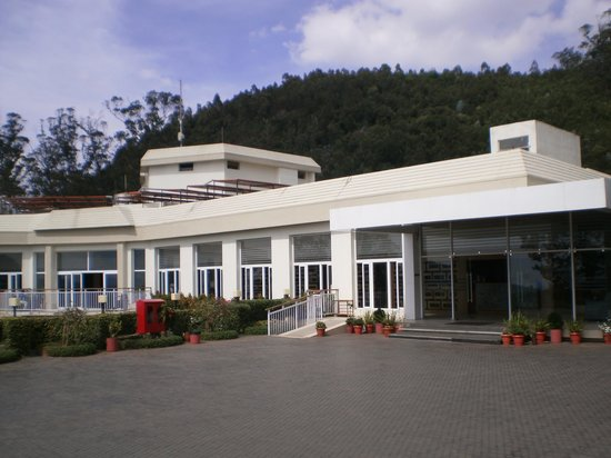 Sinclairs Retreat Ooty: Front view