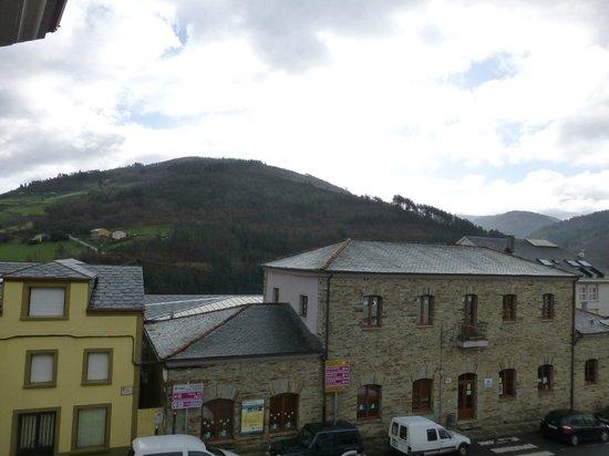 Hotel Casa Paulino Taramundi: Vistas desde la habitacion.