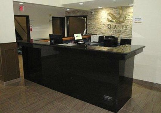 Quality Inn: New Lobby