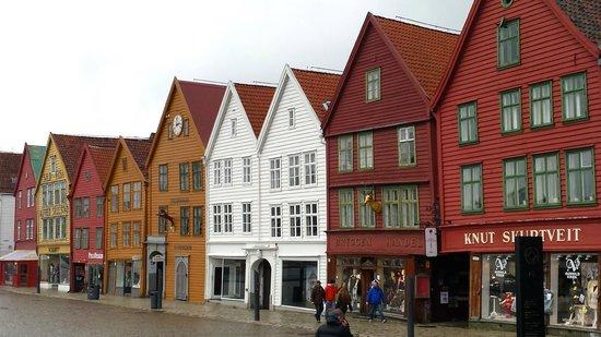 To Kokker: Bryggen