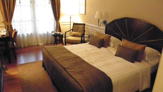 Raffles Hotel Le Royal: Street room