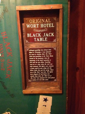 The Wort Hotel: Poker Table