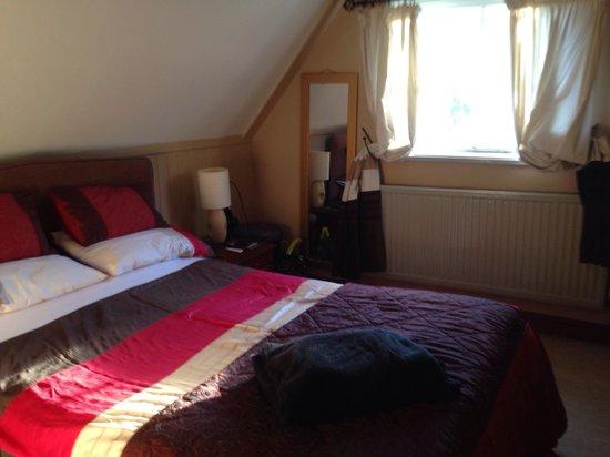 The Bramblewick : Comfortable bedroom in room 4. It was very quiet & we slept well
