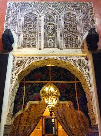 Dar Anebar: Courtyard