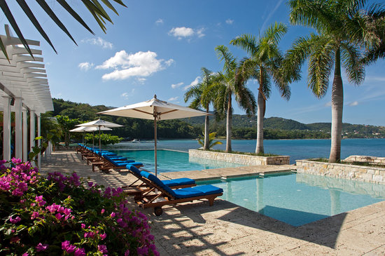 Round Hill Hotel & Villas: Hotel Main Pool