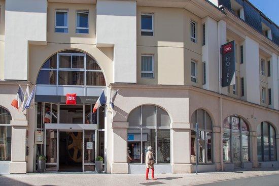 Ibis Poitiers Centre: Vue Extérieure