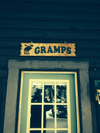 Tall Timber Lodge: GRAMPS Cabin