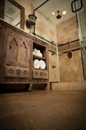 Arizona Golf Resort: Presidential Suite Bathroom